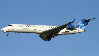 A picture of N553GJ - Mitsubishi CRJ550 - United Airlines - © Connor Cummings