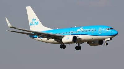 A picture of PHBGF - Boeing 7377K2 - KLM - © Seres23