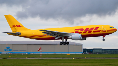 EI-OZF - Airbus A300B4-203(F) - DHL (Air Contractors)