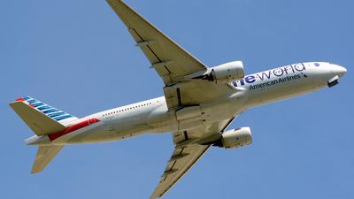 N796AN - Boeing 777-223(ER) - American Airlines