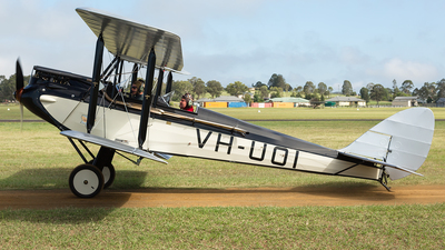 VH-UOI - De Havilland DH-60M - Private