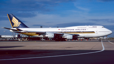 9V-SPD - Boeing 747-412 - Singapore Airlines