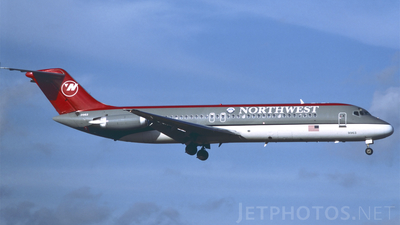 N913RW - McDonnell Douglas DC-9-31 - Northwest Airlines