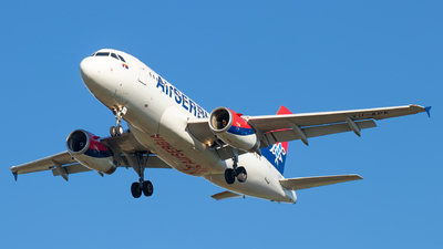 A picture of YUAPK - Airbus A319132 - AirSERBIA - © Julian S.