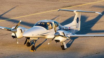 OE-FCL - Diamond DA-42 Twin Star - Flight Charter Linz