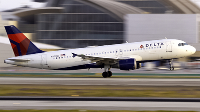 A picture of N375NC - Airbus A320212 - Delta Air Lines - © Andrew Seong