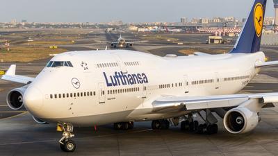 D-ABVS - Boeing 747-430 - Lufthansa