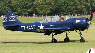 T7-CAT - Yakovlev Yak-52 - Private