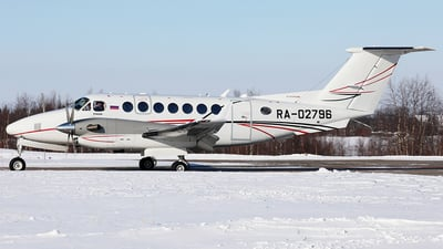 RA-02796 - Beechcraft B300 King Air 350i - Lukoil-Avia