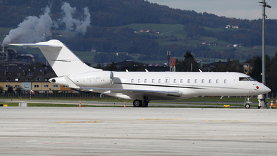 A picture of CSLAM - Bombardier Global 5000 - Executive Jet Management - © Karl Dittlbacher