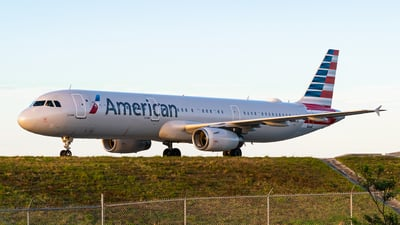 A picture of N510UW - Airbus A321231 - American Airlines - © Turbok