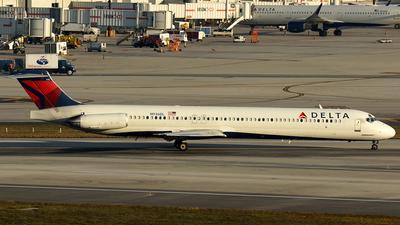 N936DL - McDonnell Douglas MD-88 - Delta Air Lines