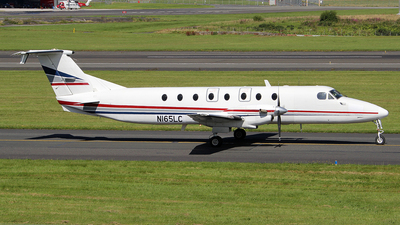 A picture of N165LC - Beech 1900C - [UC165] - © Ian Howat