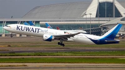 9K-AOF - Boeing 777-369ER - Kuwait Airways