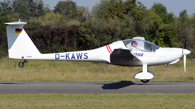 D-KAWS - Hoffmann HK-36R Super Dimona - Private
