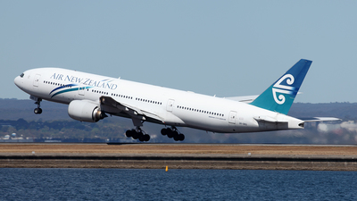 ZK-OKG - Boeing 777-219(ER) - Air New Zealand