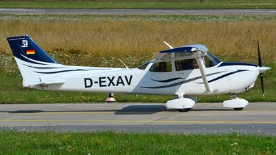 D-EXAV - Cessna 172S Skyhawk SP - Flight Center Hannover (FCH)