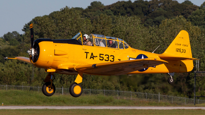 N299FM - North American SNJ-4 Texan - Private