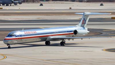 N954U - McDonnell Douglas MD-82 - American Airlines