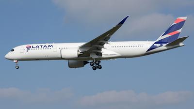 F-WZFX - Airbus A350-941 - LATAM Airlines