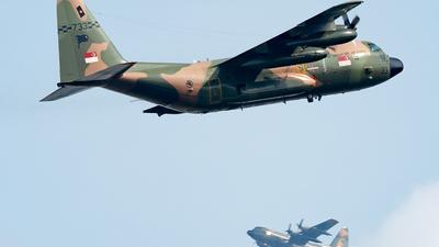 733 - Lockheed C-130H Hercules - Singapore - Air Force