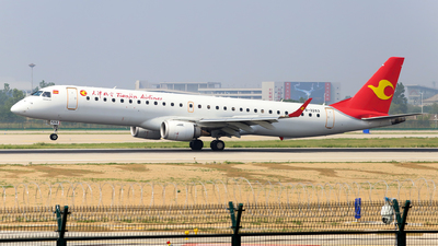 B-3263 - Embraer 190-200LR - Tianjin Airlines
