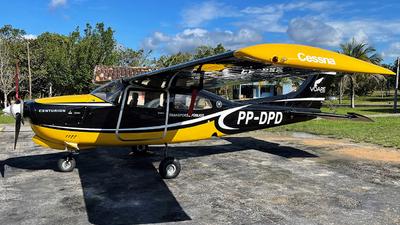 PP-DPD - Cessna 210N Centurion II - Voare Táxi Aéreo