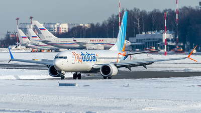 A picture of A6FMC - Boeing 737 MAX 8 - FlyDubai - © Alexander Lebedev