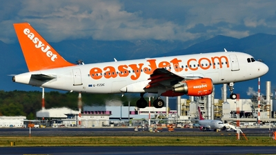 G-EZDC - Airbus A319-111 - easyJet