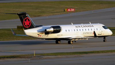 C-FIJA - Bombardier CRJ-200ER - Air Canada Express (Jazz Aviation)