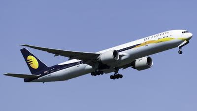 VT-JES - Boeing 777-35RER - Jet Airways