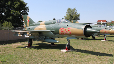 3945 - Mikoyan-Gurevich MiG-21bis Fishbed L - Hungary - Air Force