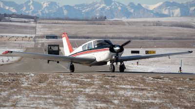 A picture of CGTRI - Piper PA24250 - [242351] - © Mike MacKinnon
