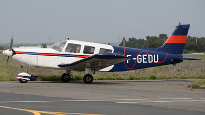 F-GEDU - Piper PA-32-300 Cherokee Six - Private