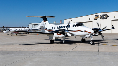 N304DE - Beechcraft B300 King Air 350i - Private