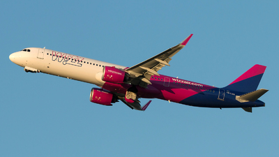A picture of HALVN - Airbus A321271NX - Wizz Air - © Szabó Imre