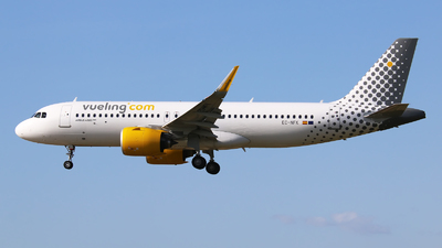 A picture of ECNFK - Airbus A320271N - Vueling - © Paula Byszewska