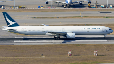 A picture of BHNM - Boeing 777367 - Cathay Pacific - © Jeffrey.W