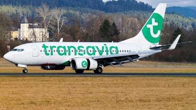 A picture of PHXRV - Boeing 7377K2 - Transavia - © Gerhard Vysocan