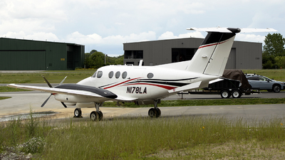 N178LA - Beechcraft F90 King Air - Private