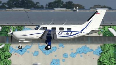 OK-ALF - Piper PA-46-350P Malibu Mirage - Private