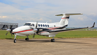 G-NICB - Beechcraft B200GT King Air 250 - Dragonfly Aviation Services