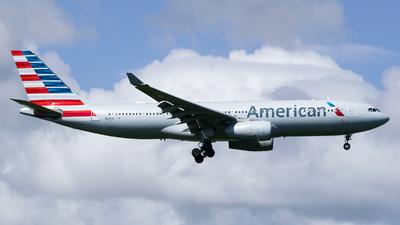 N289AY - Airbus A330-243 - American Airlines