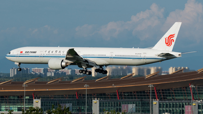 A picture of B2039 - Boeing 77739L(ER) - Air China - © 1219qiuda
