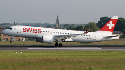 HB-JCJ - Bombardier CSeries CS300 - Swiss