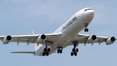 EC-MFA - Airbus A340-313X - Plus Ultra Líneas Aéreas