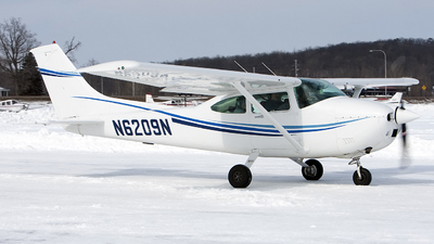 N6209N - Cessna 182R Skylane - Private
