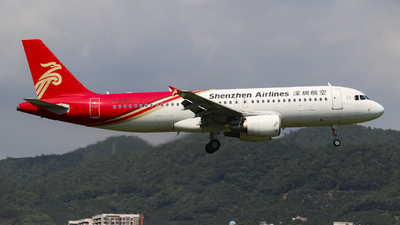 B-6567 - Airbus A320-214 - Shenzhen Airlines