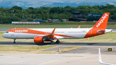 G-UZMB - Airbus A321-251NX - easyJet