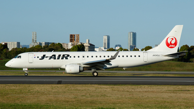 A picture of JA243J - Embraer E190STD - Noble Air Charter - © hiro-yosshii